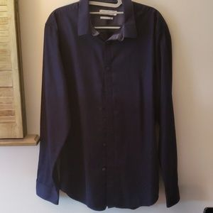 Calvin Klein Size L Mens button down shirt